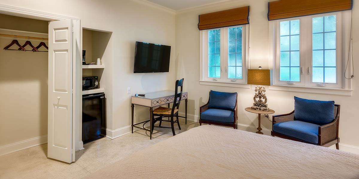 View of Suite 2 room and amenities